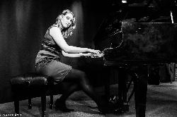 Afbeelding › Annemarie Koppelaar - Passie voor Muziek