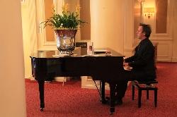 Afbeelding › Pianist Dick Schuur